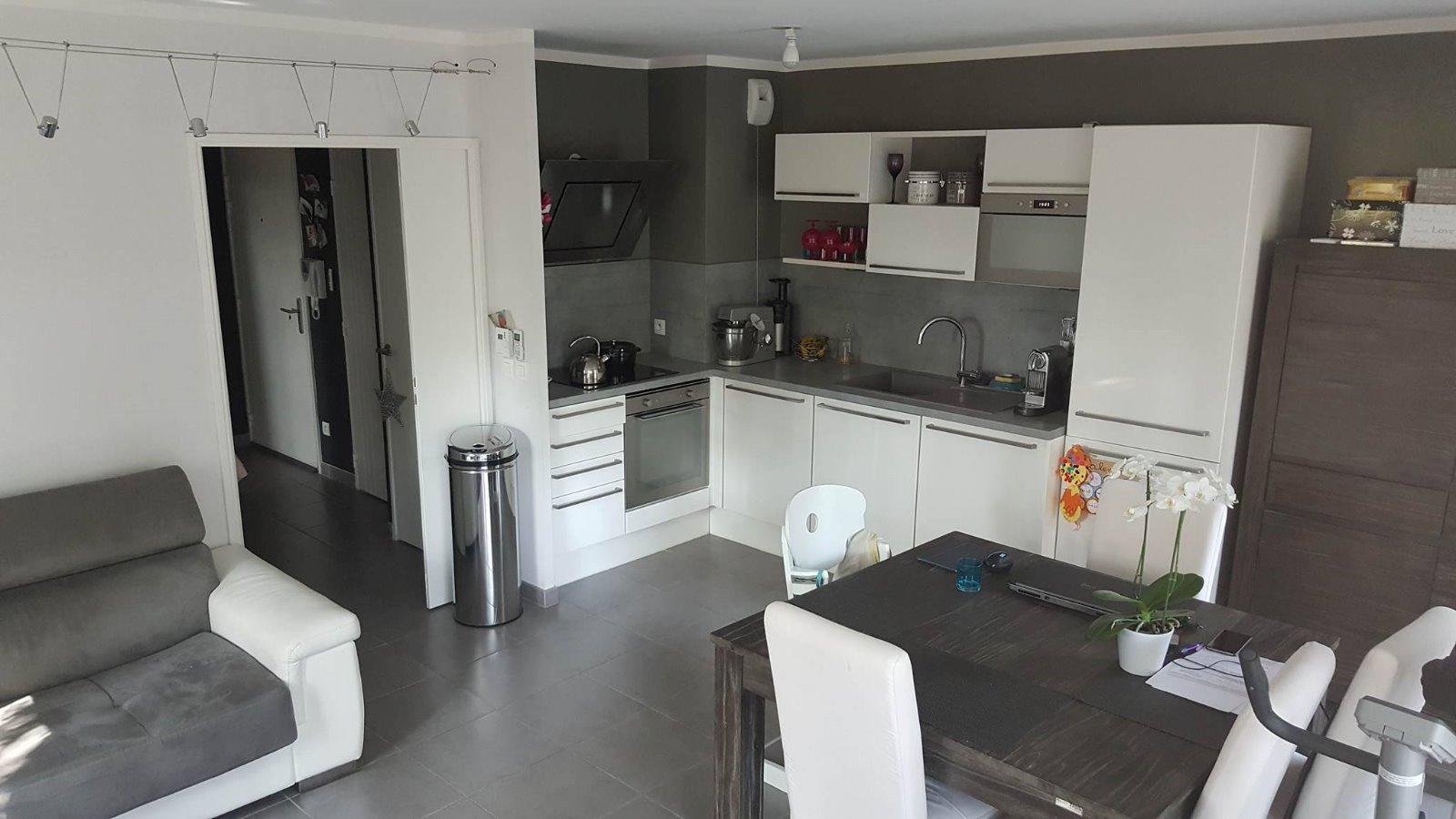 Appartement 60 M²   3 Pièces   Le Plan De Grasse 266 700 U20ac